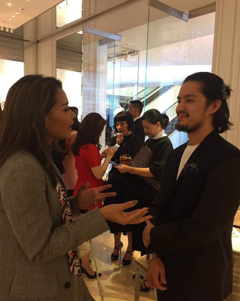 Morgan Oey dan Adinia Wirasti Menikmati Acara Launching DIOR